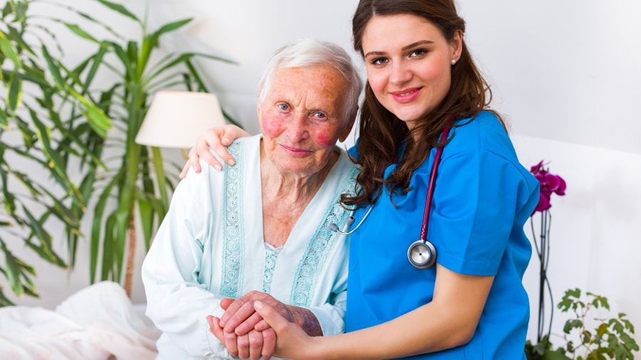 how to take care of alzheimer patient at home